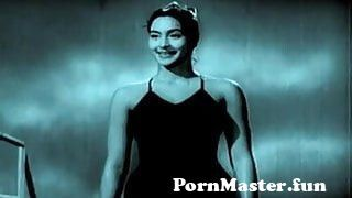 View Full Screen: hottest bikini models boob photo shoot.jpg