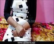 Real Bhabhi Devar First Painful Sex video, Hindi audio from bhabhi devar bp sexy hindi video downloadewmarrige honymoon painful sex