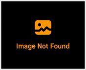 Ahn Yujin and Kim Chaewon – handjob from kim chaewon