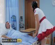 Naughty Nurse Jasmine Jae Wakes Up Cock with dirty blowjob - Brazzers from telugu hospital sex