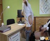 VIP4K. Buxom Babe Mischel Lee hat neue Brüste bekommen from nangi hat aurat